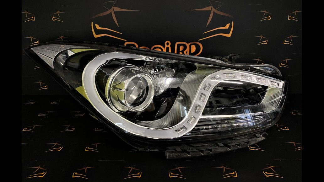 Hyundai I40 (2011 - 2019) 92102-3Z005 передняя правая фара