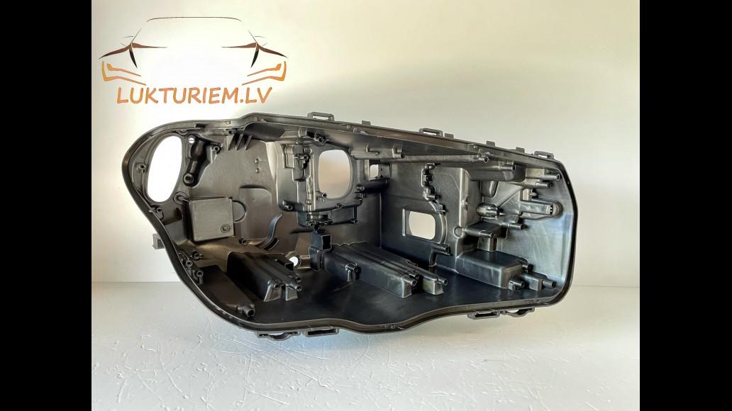 BMW X3 G01 (2018+) right headlight housing