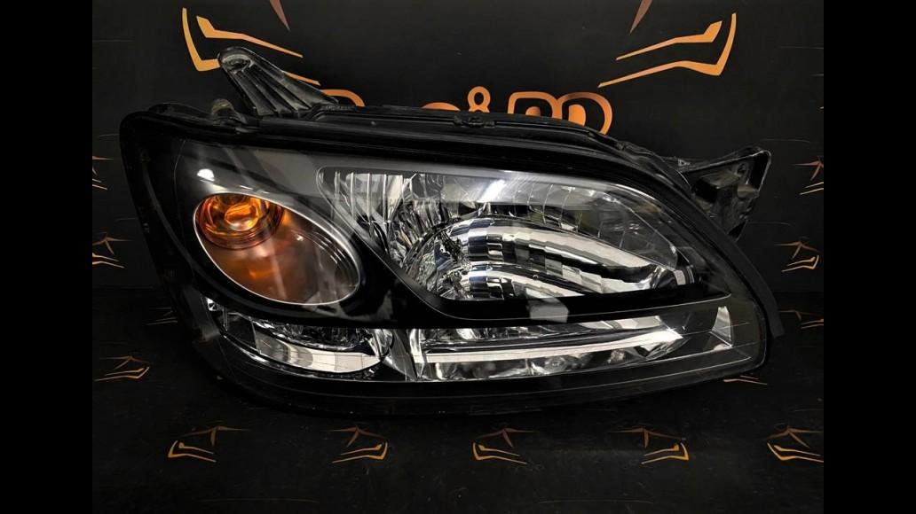 Subaru Legacy (1999–2003) 100-20751 right headlight