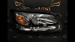 Subaru Legacy (1999–2003) 100-20751 right headlight