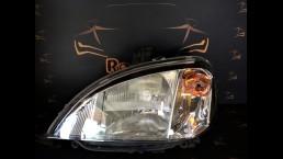 Mercedes Benz MB ML W163 (1998-2005) right headlight