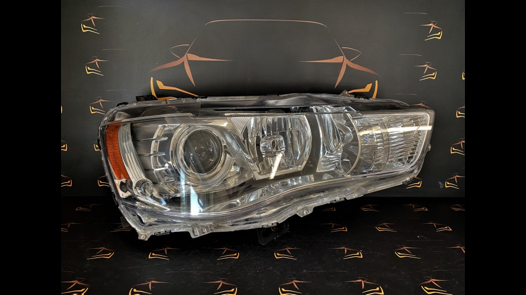 Mitsubishi Outlander (2010-2012) STANLEY P8597 right headlight