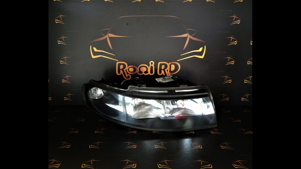 Seat Toledo (1998-2006) 1M1941002D 1M 1941002D right headlight