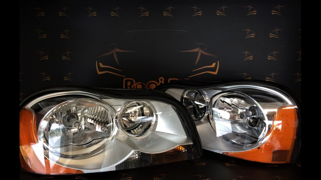 Volvo XC90 (2004-2008) 306785972 headlights