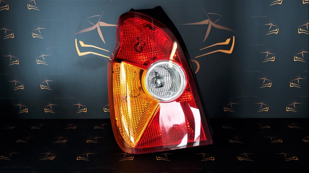 Hyundai Terracan (2001-2004) 92401H1020 left rear light