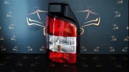 Volkswagen VW T5 Multivan Caravelle (2003-2009) 7H0945095 kreisais aizmugurējais lukturis