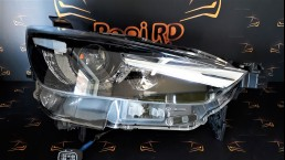 Mazda CX-3 2016+ LED D10E51030 D10E-51030 передняя правая фара