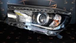 Toyota Hilux Revo (2015-2018) 810700K720, 81070-0K720 priekšējais kreisais lukturis