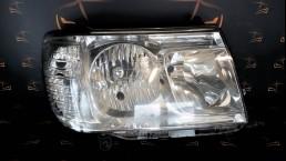Toyota Land Cruiser 100 (2002–2007) 81130-60B51, 8113060B51 передняя правая фара