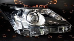 Toyota Avensis (2003–2006) 10000-17687 1000017687 right headlight