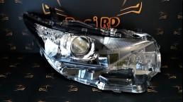 Toyota Auris 2012+ 8113002K30 priekšējais labais lukturis