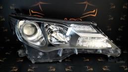 Toyota RAV 4 XA40 (2013–2018) priekšējais labais lukturis