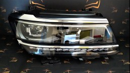 Volkswagen VW Tiguan 2017+ 5NB941082A передняя правая фара
