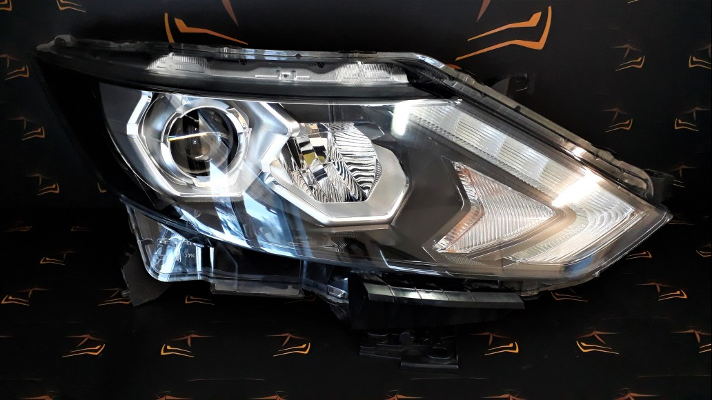 Nissan Qashqai 2 J11 LED 2013+ 100-18015 right headlight