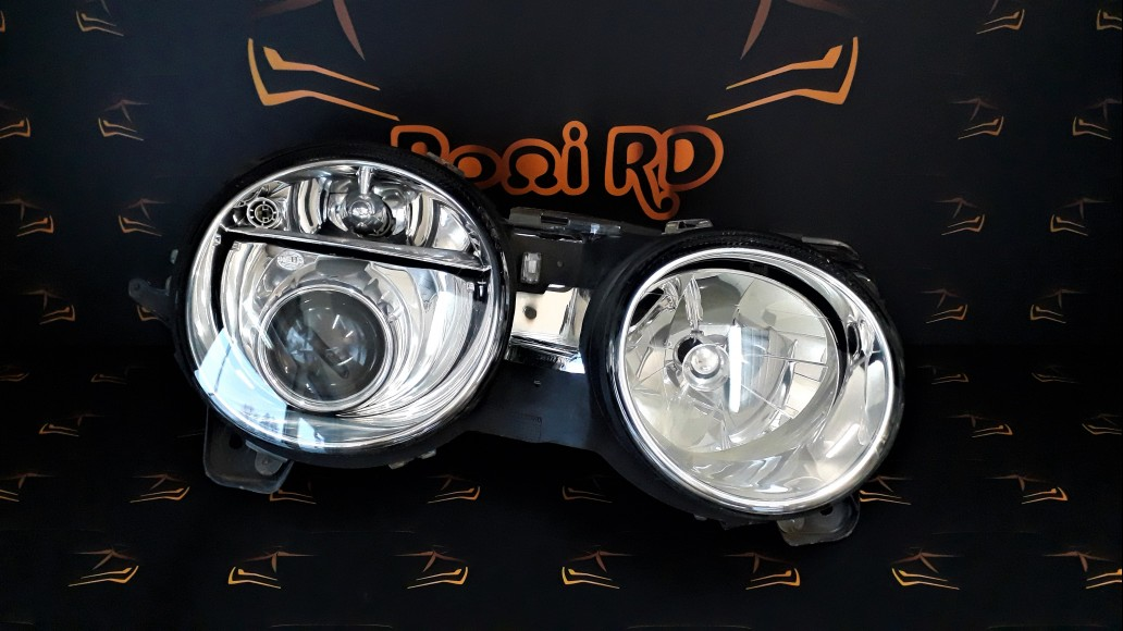 Jaguar S-Type R Supercharged (2003-2008) 4R8313W029 right headlight
