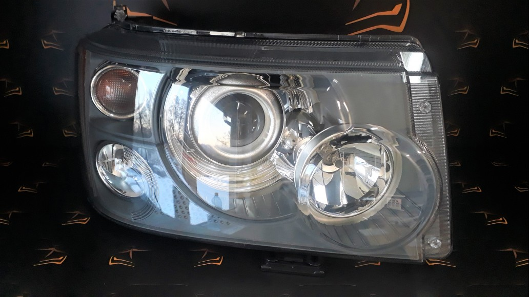 Land Rover Range Rover Sport L320 (2005-2009) right headlight