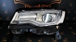 Jeep Grand Cherokee WK2 2014+ 68111035AF left headlight