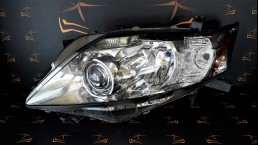Lexus RX 350 (2010–2012) 811500E061 left headlight