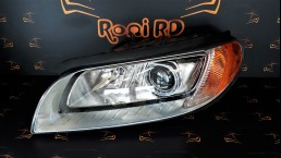Volvo XC70, S80, V70 (2007-2013) 31383540 left headlight