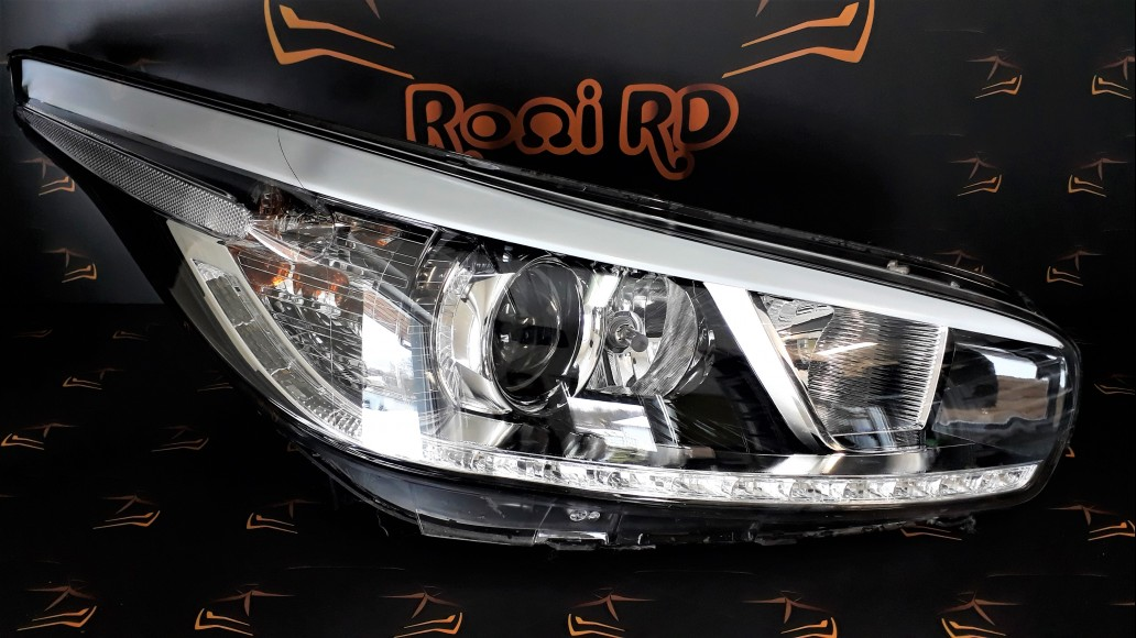 Kia Cee'd Ceed JD 2012+ 92102A2220 right headlight