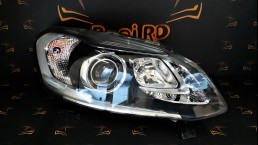 Volvo XC60 facelift 2014+ 31420250 Bi-Xenon right headlight