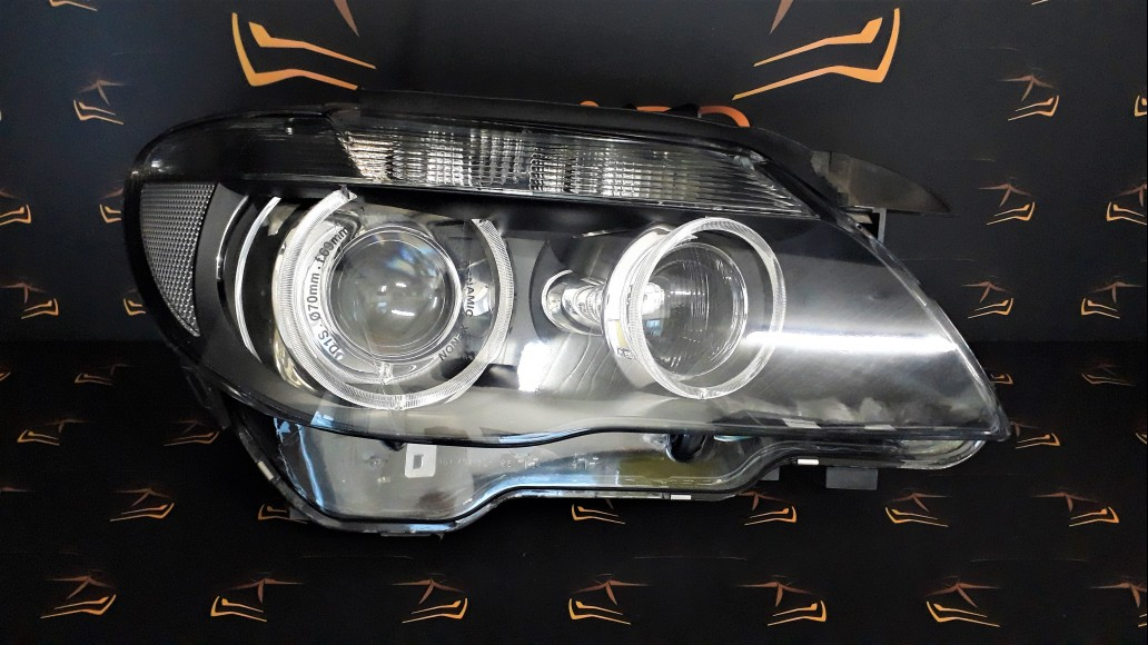 BMW 7 E65 E66 (2005–2007) 6937232 right headlight