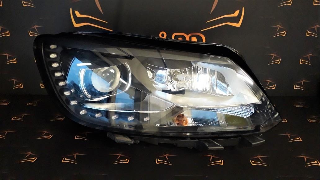 Volkswagen VW Touran 2010+ 1T1941752H right headlight