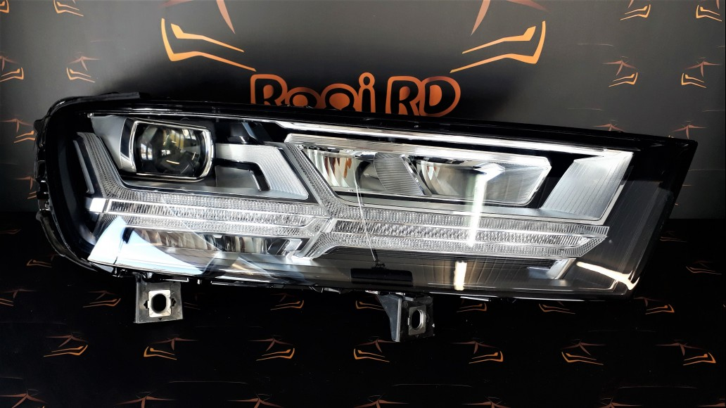 Audi Q7 4M Full LED 2015+ 4M0941034 right headlight