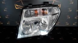 Nissan Pathfinder Navara (R51M) (2005-2012) 26060EB380 priekšējais kreisais lukturis