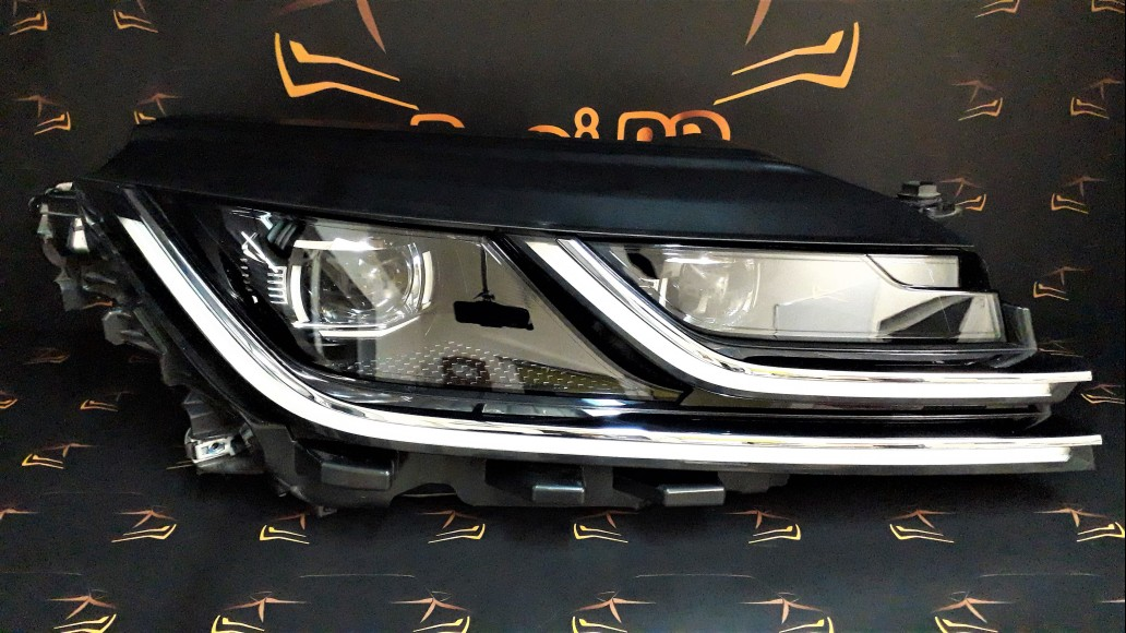 Volkswagen VW Arteon 2017+ 3G8941082 right headlight