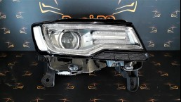 Jeep Grand Cherokee WK2 2014+ 68144704AG RHD NON AFS right headlight