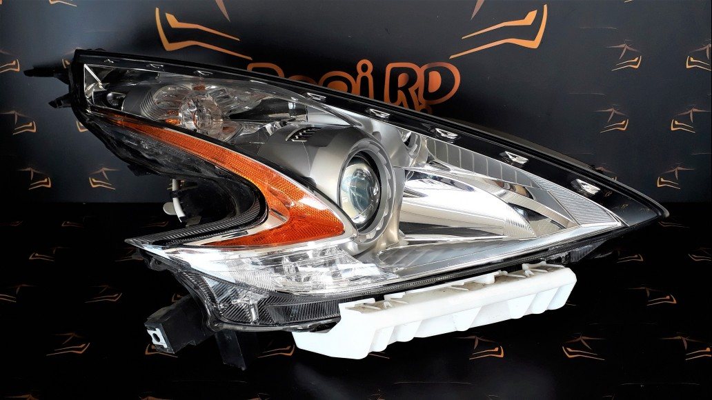Nissan 370Z 2008+ 100-63056 right headlight