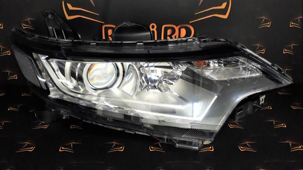 Mitsubishi Outlander 2016+ 8301C854 right headlight