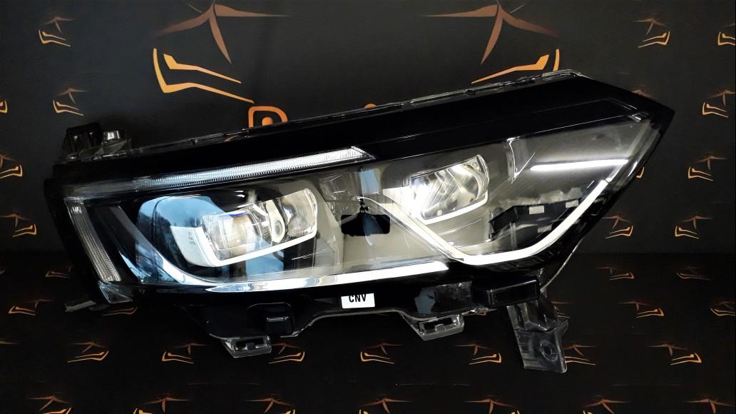 Renault Koleos 2016+ LED 260109289R передняя правая фара