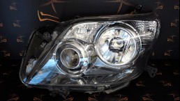 Toyota Land Cruiser 150 XENON (2009-2013) left headlight