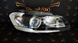 Volvo XC60 facelift 2014+ 31395897 Bi-Xenon right headlight