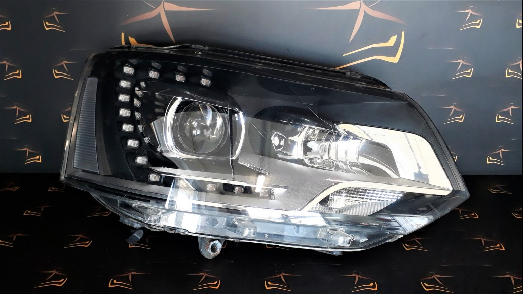 Volkswagen VW T5 Facelift 7H (2009-2014) 7E5941016 right headlight